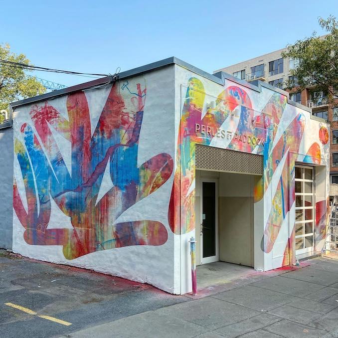Perles and Paddock mural