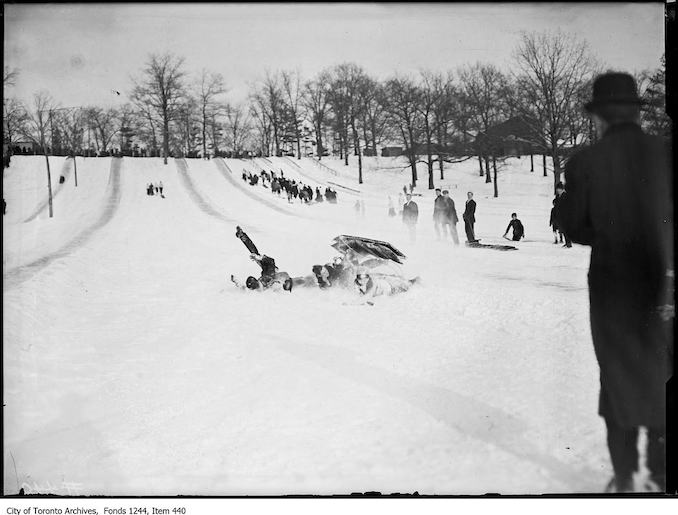 1908 - 1912 - High Park toboggan runs