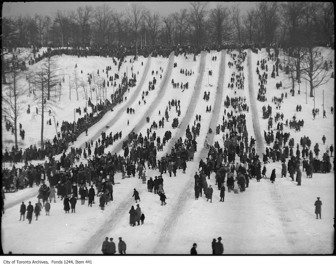 1910 - High Park toboggan runs