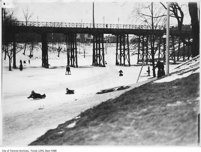 1910 - Sledding in Bellwoods Park