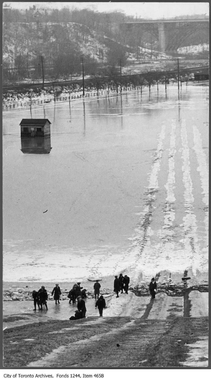 1912 - Flooding of toboggan runs, Riverdale Park
