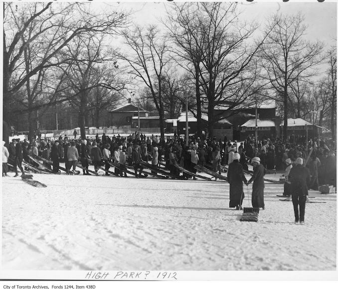 1912 - Lineups for toboggan runs, High Park