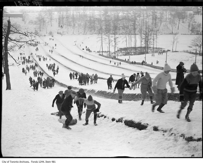 1912 - Toboggan runs, High Park