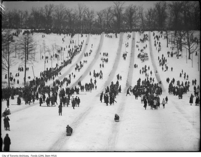 1914 - High Park toboggan runs