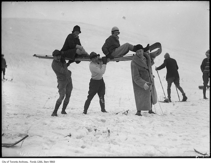 1927 - Preston, toboggan held in air, Evelyn Chute and Darling, Weaver, Tarbox, Foster