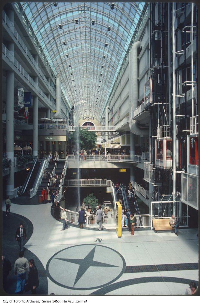 1980 - Eaton Centre