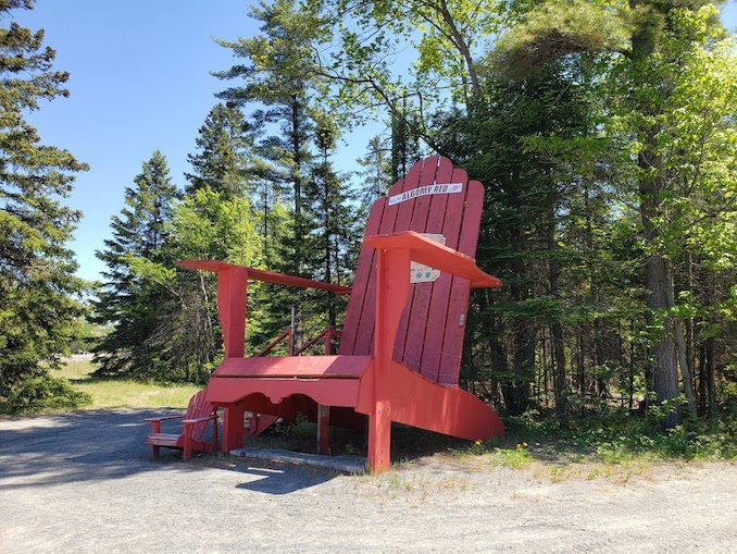 Who doesn't love a giant Muskoka chair? There are a few of these sprinkled across Ontario. Here's one we found on our way into Sault Ste. Marie. You can see a standard sized muskoka chair to the left for comparison.